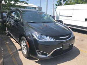 2017 Chrysler Pacifica TOURING L PLUS**PANORAMIC SUNROOF**DVD**