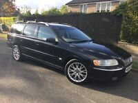 Volvo V70 D5 SE with FSH & FULL MOT – facelifted model !