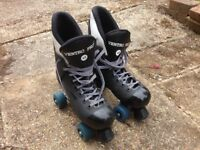 Ventro Pro roller skates, size 40 and in good condition.