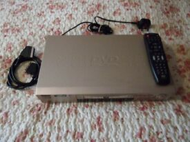 AIWA DVD PLAYER - EXCELLENT CONDITION WITH 16 VARIOUS DVD FILMS