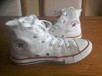 Converse Boots. White All Stars.