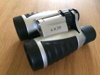 BRAND NEW Compact Vivitar Binoculars 4x30