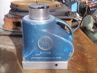 Tangye Hydralite PS660 60 tonne hydraulic jack high quality engineering jack