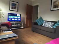 Fully furnished double room in Balham, all bills inc, SKY HD, cleaner, large garden. £820 PCM!