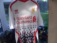 LIVERPOOL FC TOPS AND JACKET ALL STANDARD CHARTERED M/L AS NEW CONDITION £10 EACH