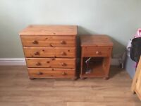 Solid wood 4 drawer chest of drawers & bedside table ( dove tail join) good condition,m