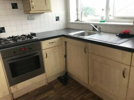 Very large one bed flat in Broadway