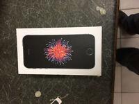 BRAND NEW IPHONE SE 16GB SPACE GREY(UNLOCKED)