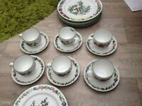 Dinner service Royal Worcester set of six.REDUCED to £35