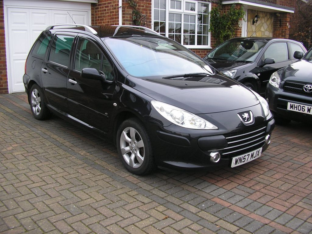 2007 peugeot 307 sw 2 0se hdi 136 6speed estate met black fsh 83000 miles in whitstable. Black Bedroom Furniture Sets. Home Design Ideas