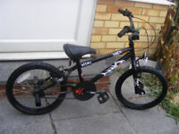 """BOYS 18"""" WHEEL BMX WITH FITTED STUNT PEGS IN GREAT CONDITION AGE 5+"""