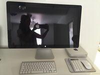 Apple Thunderbolt Monitor, Apple Mac, keyboard, mouse.