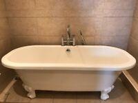 Ceramic Free-Standing Bath & taps