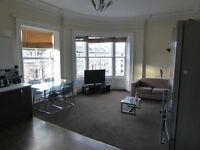 Newington: very large 5 bedroom HMO-licensed flat