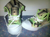 New Camofladge boots/trainers - size 5/6 - £6.