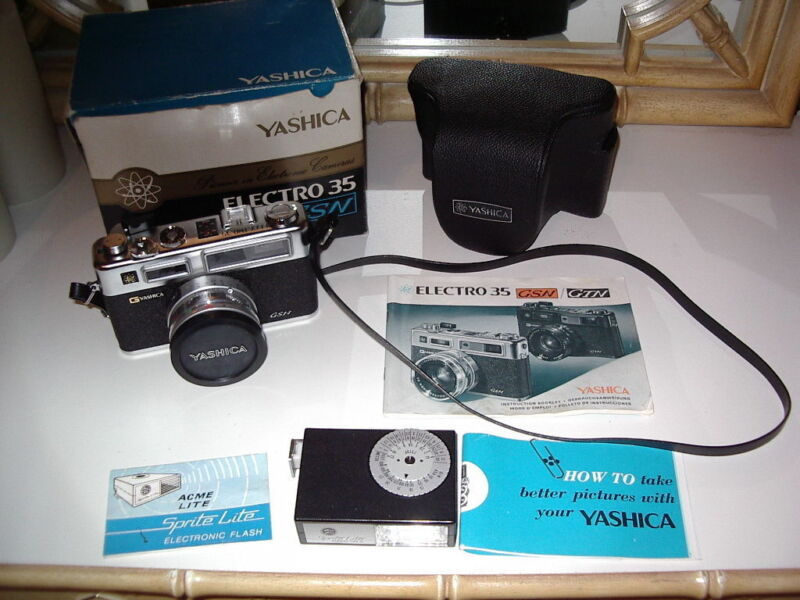 Yashica Electro 35 GSN 35mm Rangefinder Film Camera with original box