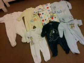 Big bundle of boys winter clothes and accessories 0-6mnths