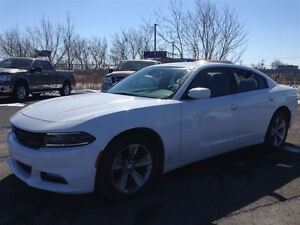 2015 Dodge Charger SXT MAGS