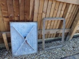 Manhole cover :- 5 tonne steel including surround. No damage.