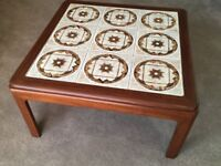 Retro occasional table with tiled top