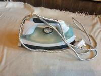 LOGIK L200IR12 Steam Iron Stainless Steel Soleplate Self Clean Green & White used one time £5