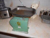 Antique /vintage kitchen/shop scales