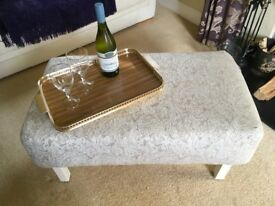 Coffee table/Stool