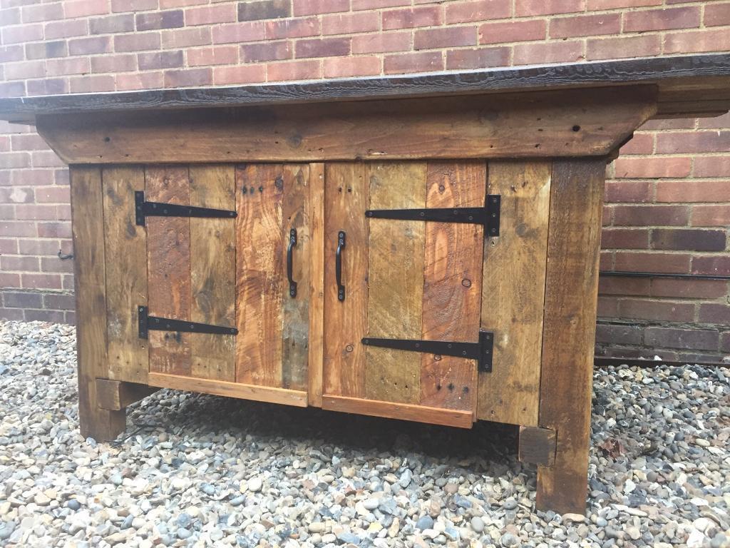 Peachy Old Vintage Rustic Refurbished Kitchen Island Work Bench In Leighton Buzzard Bedfordshire Gumtree Machost Co Dining Chair Design Ideas Machostcouk