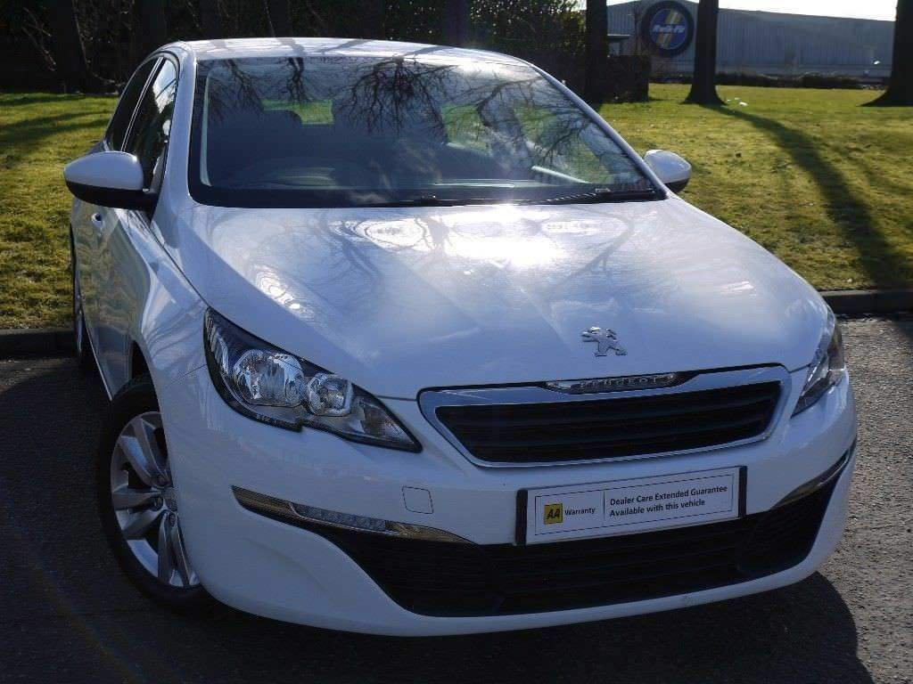0 DEPOSIT FINANCE (14) Peugeot 308 1.6 e-HDi Active (s/s) 5dr **FREE