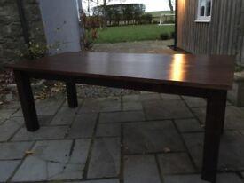 Mahogany vaneer dining table