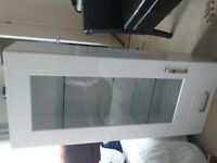 Kitchen cabinet with lighting