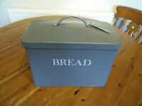 New Bread Bin (Garden Trading brand with tags still attached)