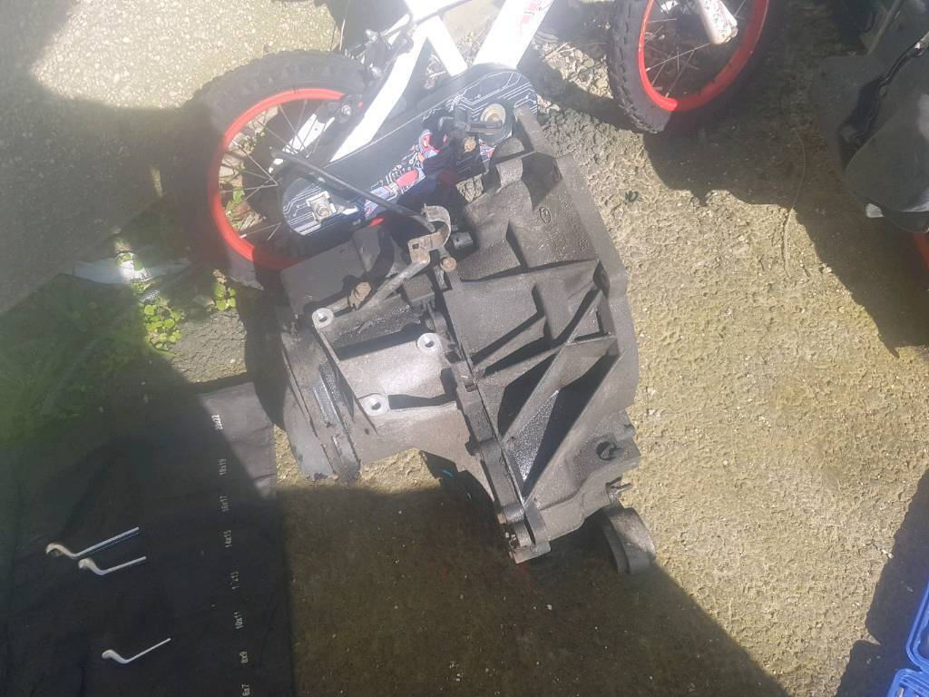 Mk 6 ford fiesta gearbox from a 2006
