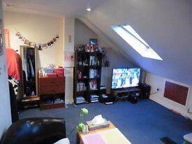 Spacious Furnished Master Double Bedroom big enough for 2. No Fees & All Bills included!!
