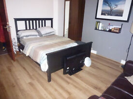 4 Bedroom flat in Bricklane **Fully Furnished**