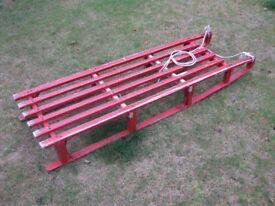 Retro vintage sledge