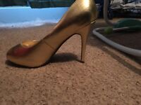 Size 9 gold heal