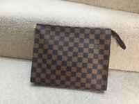 Louis Vuitton Pouch/clutch Damier or Mono comes with dustbag