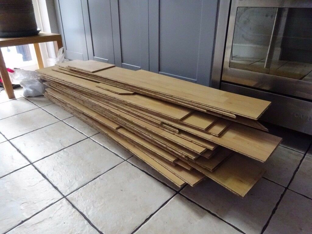 Laminate flooring - slightly less than 17 m2