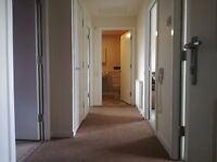 2 bedrooms flat looking for a 3/4 bedrooms