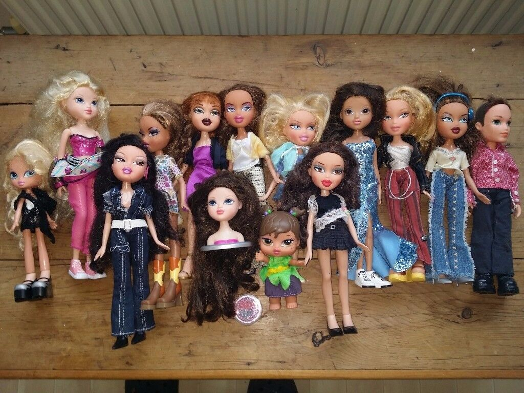 Bratz Stage bundle -Collect only £30