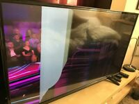 DIGIHOME 43 INCH FULL HD 1080P LED TV WITH FREEVIEW HD USB MEDIA STAND AND BOX
