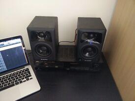 M-Audio AV42 Desktop Monitor Speakers