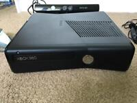Xbox 360 - 250gb, 3 x controllers, Kinect & plug / play cable