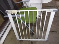 no 3 safety 1st stair gate with fittings