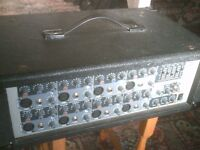 Peavey PVI88, 8 channel powered mixer amp