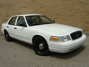 2009 Ford Crown Victoria Police Interceptor. Only 121000 Km!