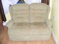 CAN DELIVER - GREEN FABRIC 2-SEATER SOFA IN VERY GOOD CONDITION
