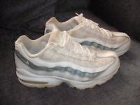 Nike Ladies Trainers (size 5) Good Used Condition