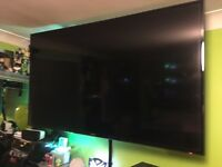 Samsung 60 Inch Smart Tv (EXCELLENT CONDITION)